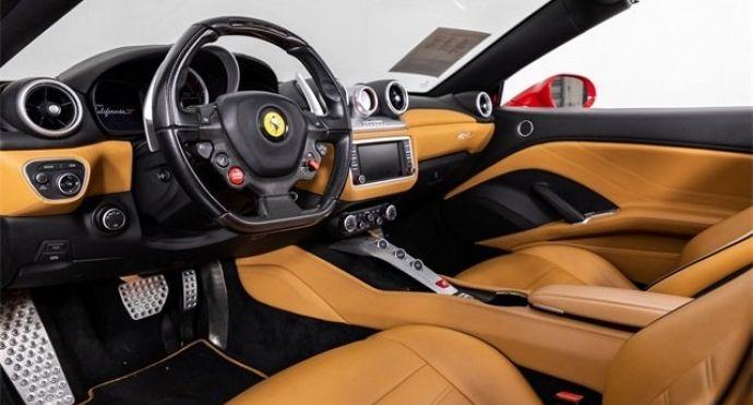 2017 Ferrari California T T #1