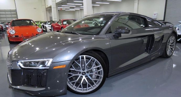 2017 Audi R8 Coupe V10 plus #0