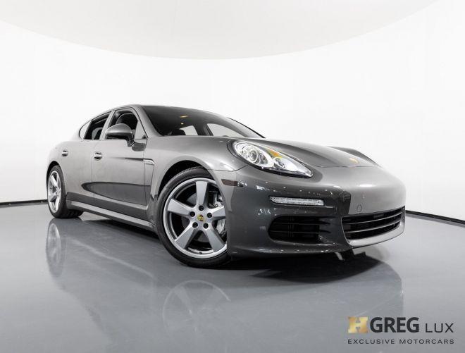 2015 Porsche Panamera S #0