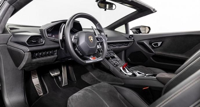2016 Lamborghini Huracan LP 610-4 Spyder #1
