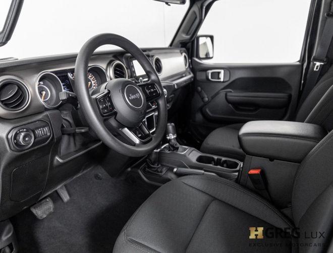 2018 Jeep Wrangler Unlimited Sport #1