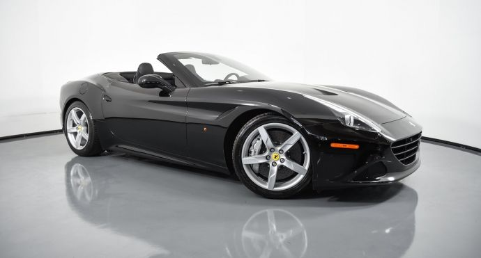 2017 Ferrari California T T #0