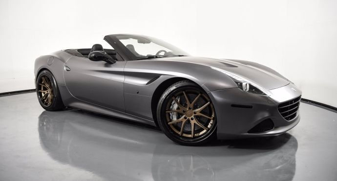 2017 Ferrari California T T #0