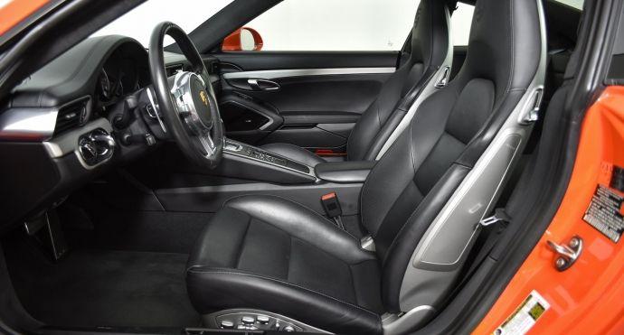 2016 Porsche 911 Turbo #1