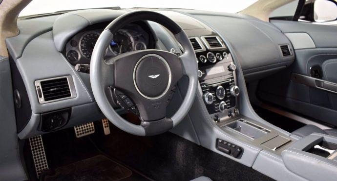 2014 Aston Martin V8 Vantage Base #1