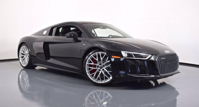 2017 Audi R8 Coupe V10 #0