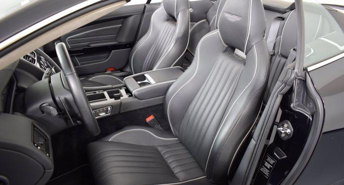 2016 Aston Martin DB9 GT #1