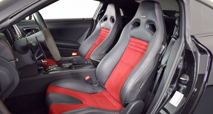2016 Nissan GT R NISMO #1