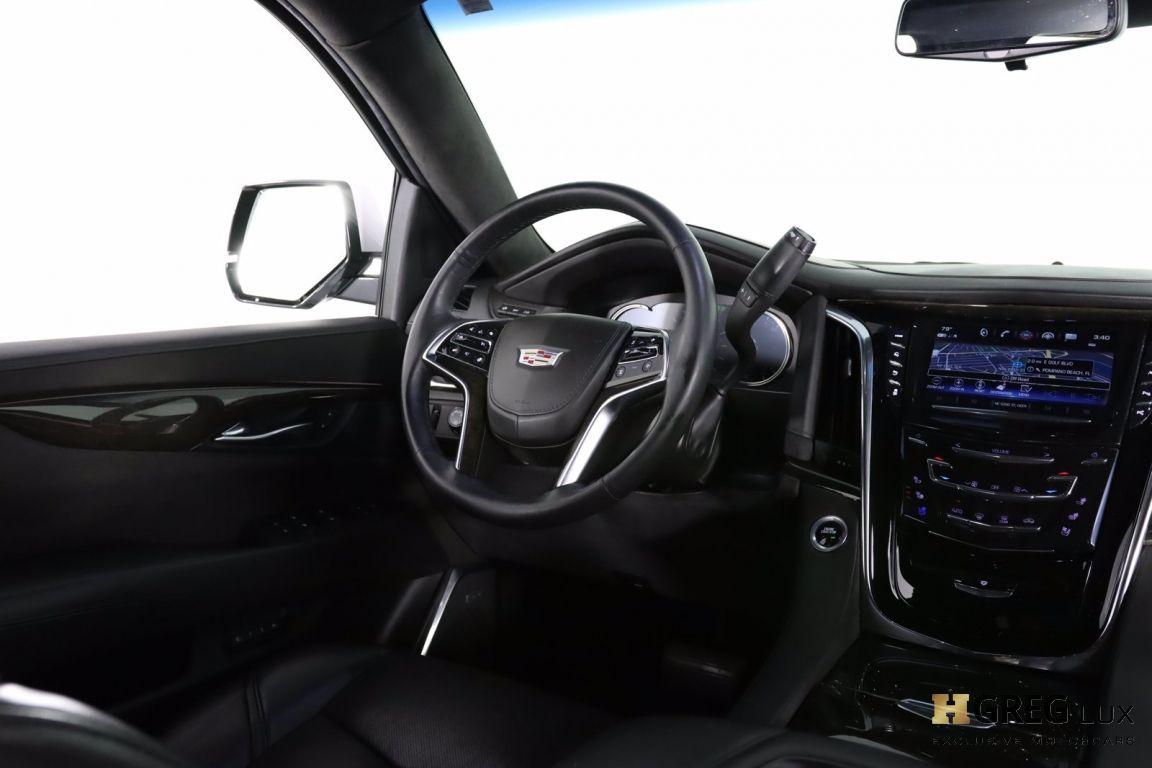 2017 Cadillac Escalade Platinum #52