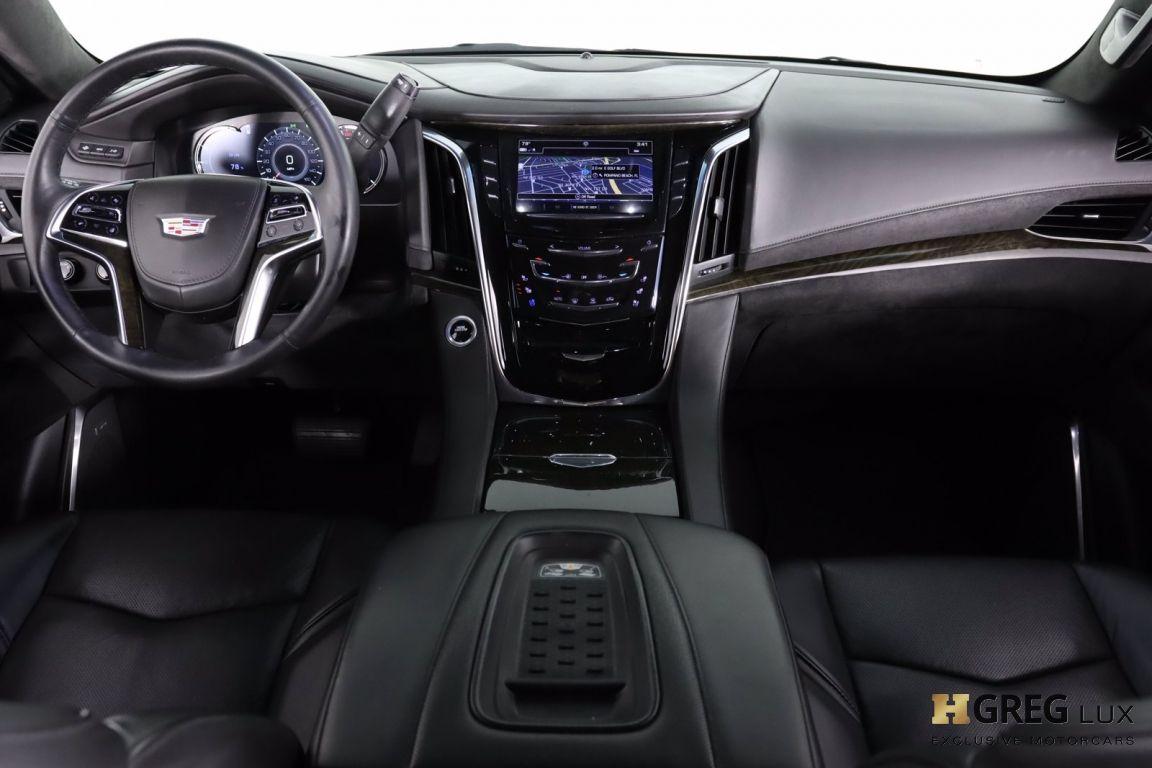 2017 Cadillac Escalade Platinum #29