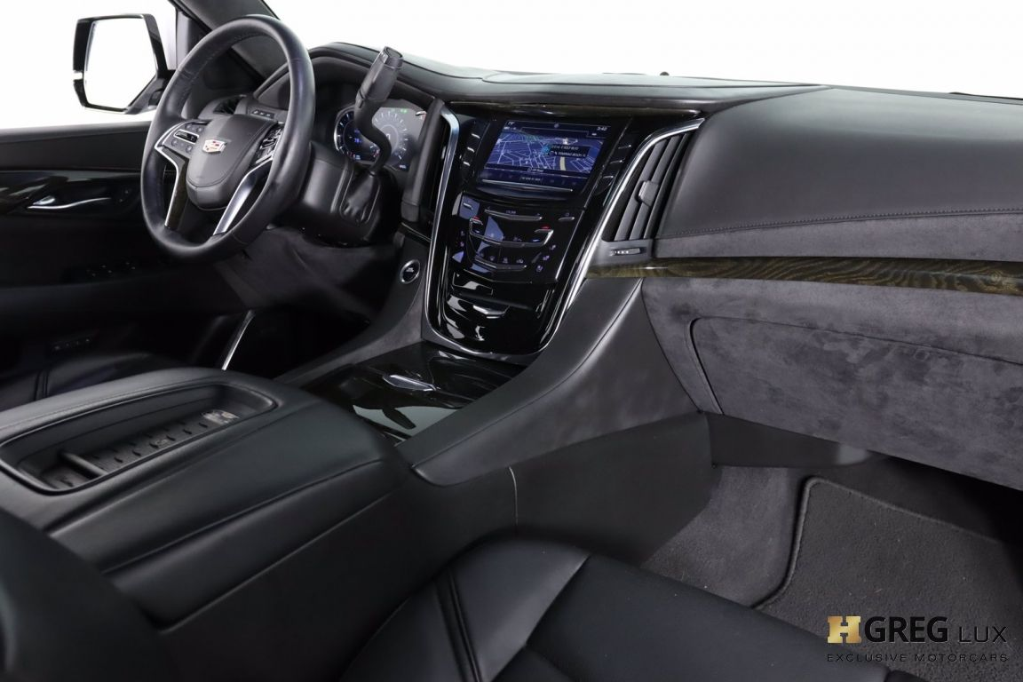 2017 Cadillac Escalade Platinum #63