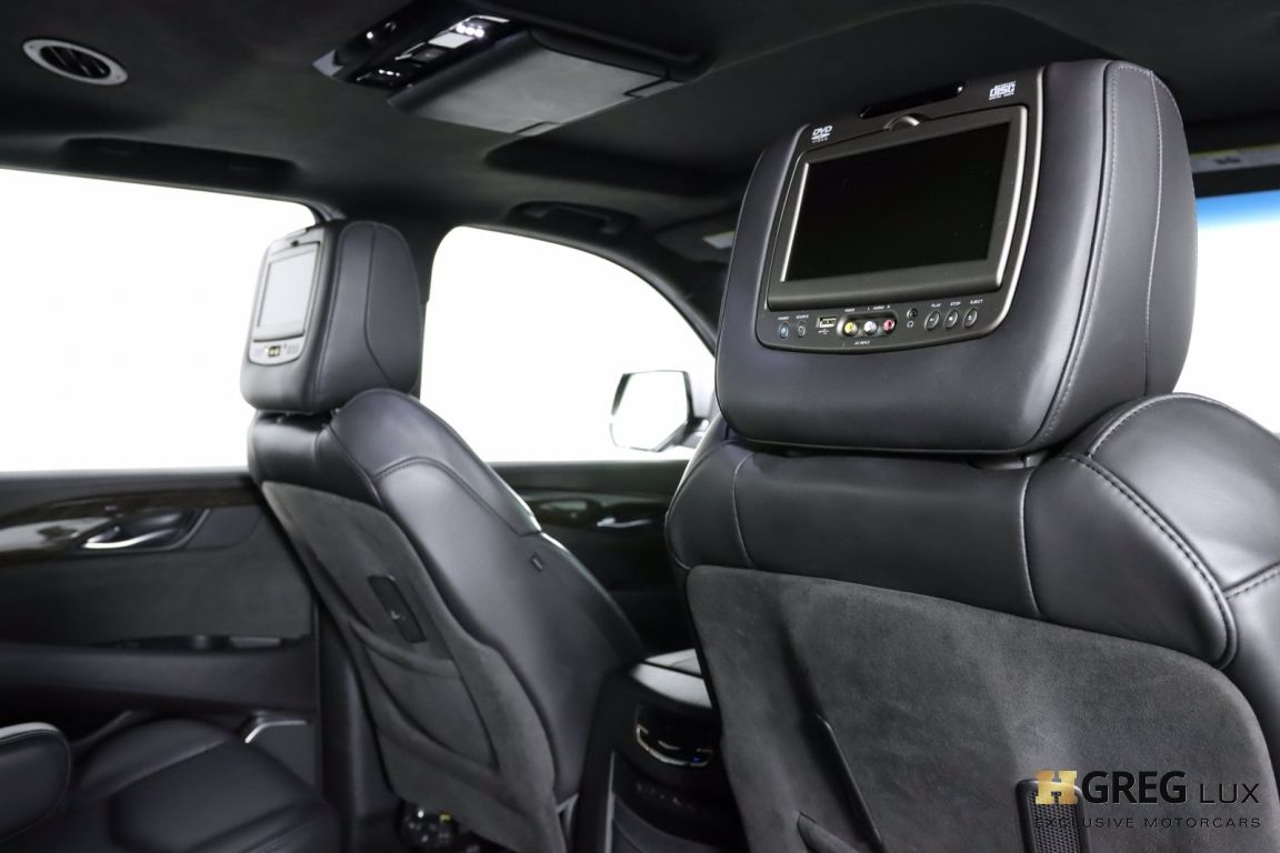 2017 Cadillac Escalade Platinum #62
