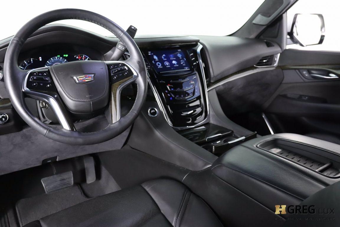 2017 Cadillac Escalade Platinum #2