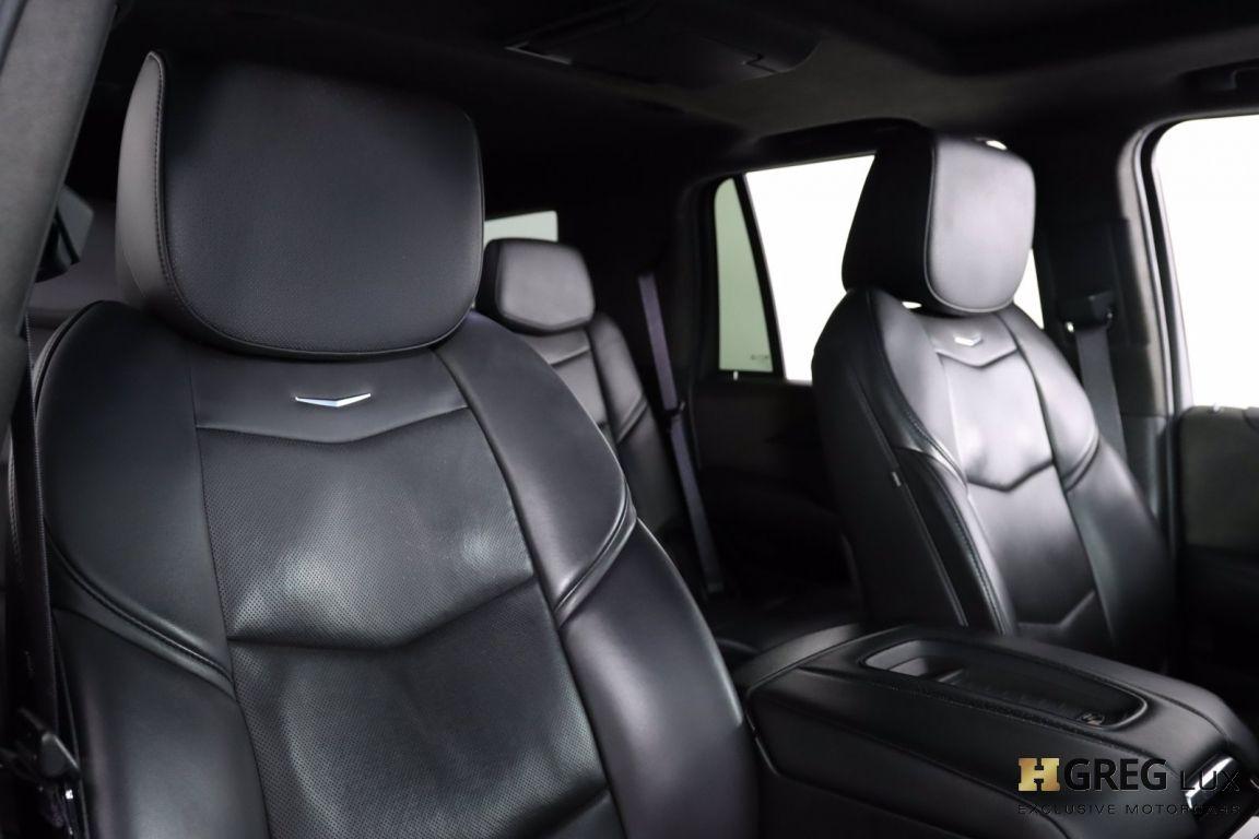 2017 Cadillac Escalade Platinum #35