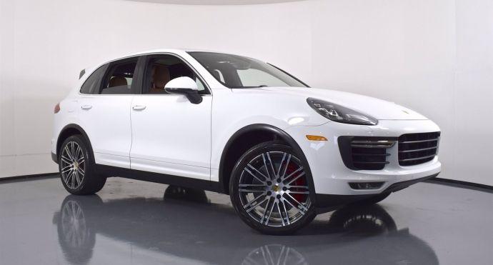 2018 Porsche Cayenne Turbo #0