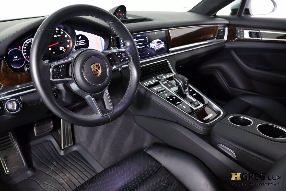 2018 Porsche Panamera Turbo #1