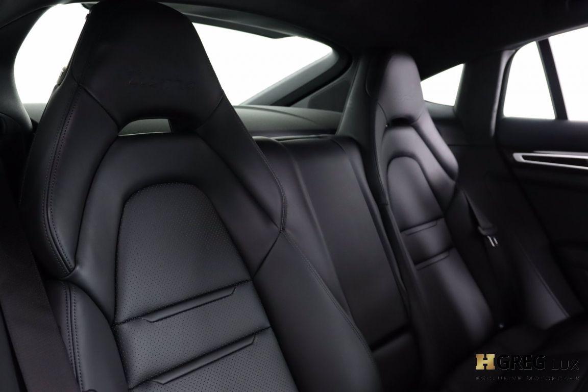 2018 Porsche Panamera Turbo #40