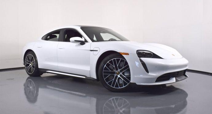 2020 Porsche Taycan Turbo #0