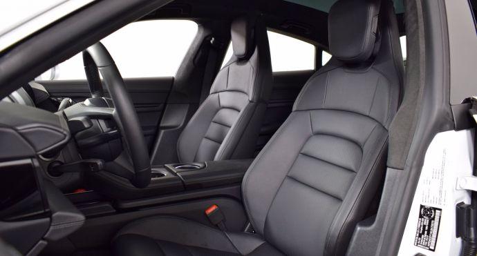 2020 Porsche Taycan Turbo #1