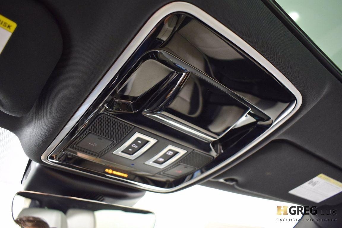 2018 Land Rover Range Rover Velar R-Dynamic SE #20