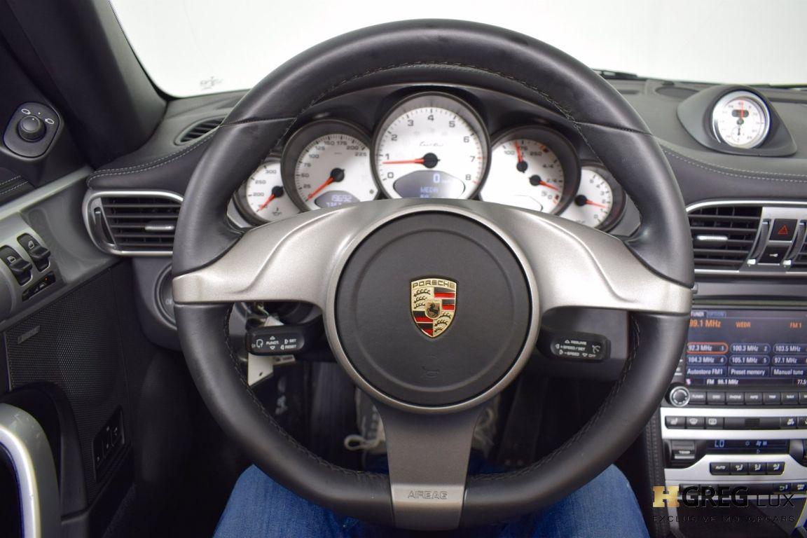2010 Porsche 911 Turbo #17