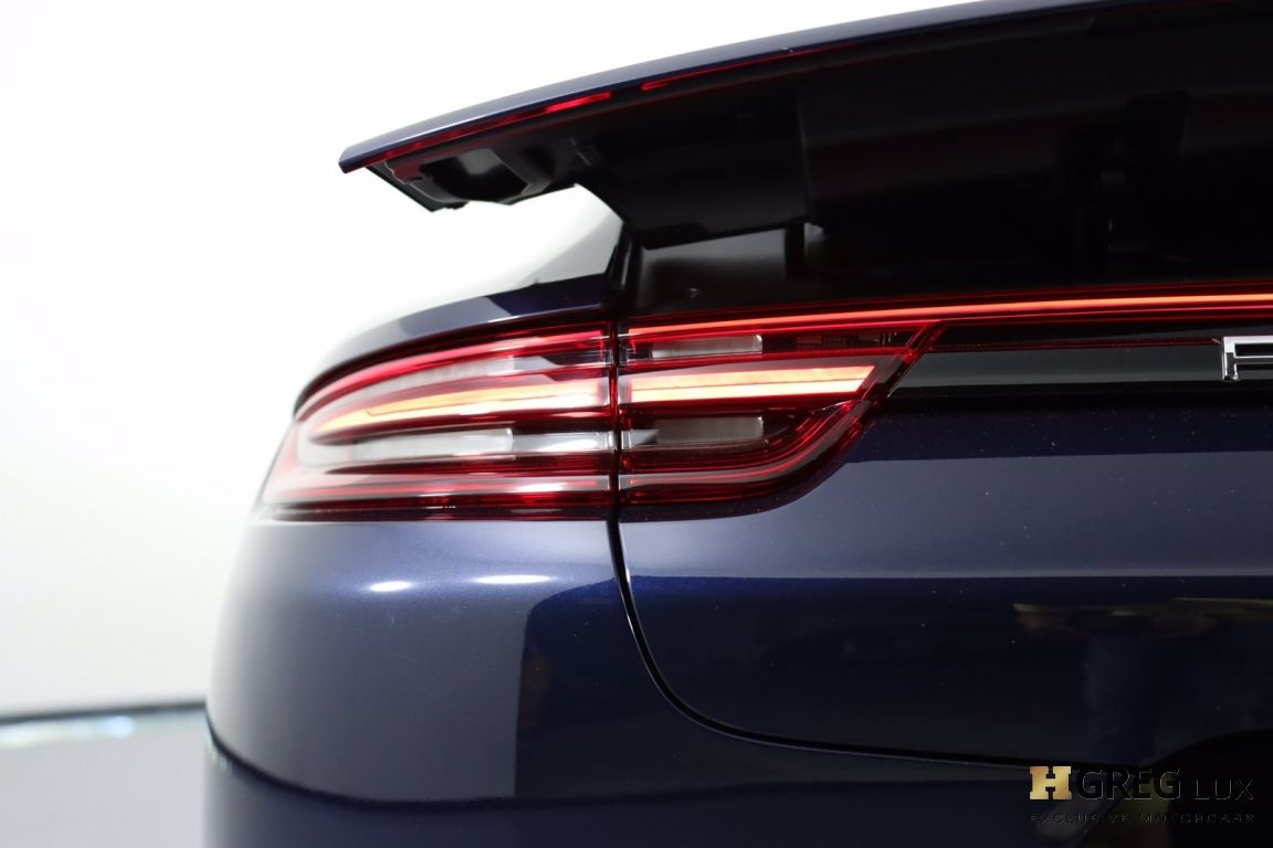 2017 Porsche Panamera Turbo #18