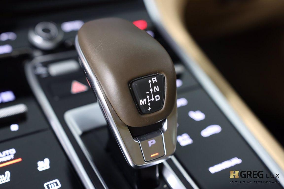 2017 Porsche Panamera Turbo #51