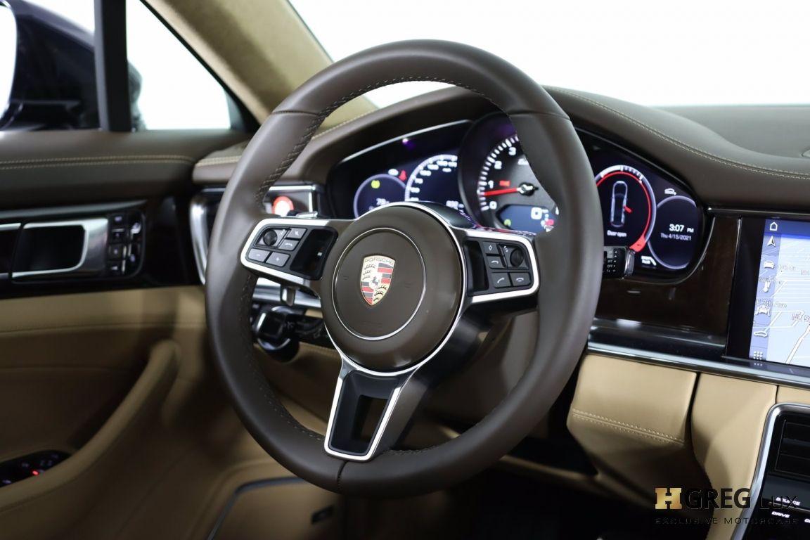 2017 Porsche Panamera Turbo #55