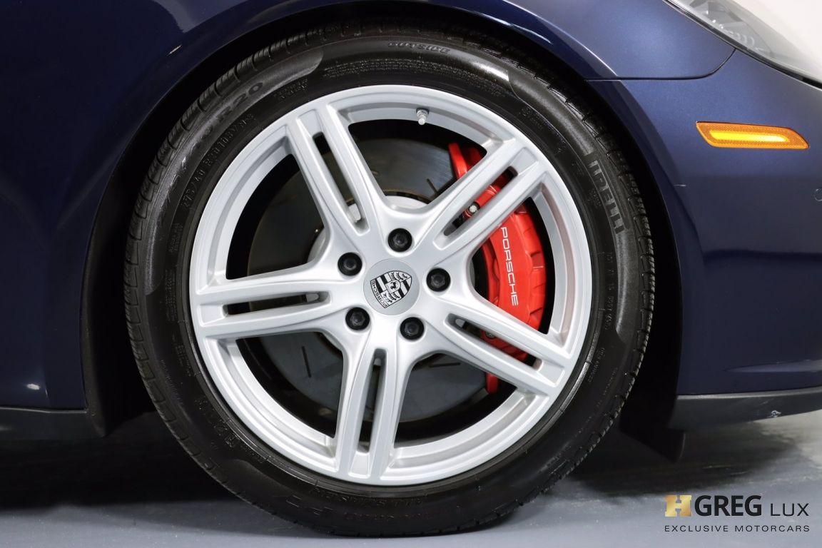 2017 Porsche Panamera Turbo #11