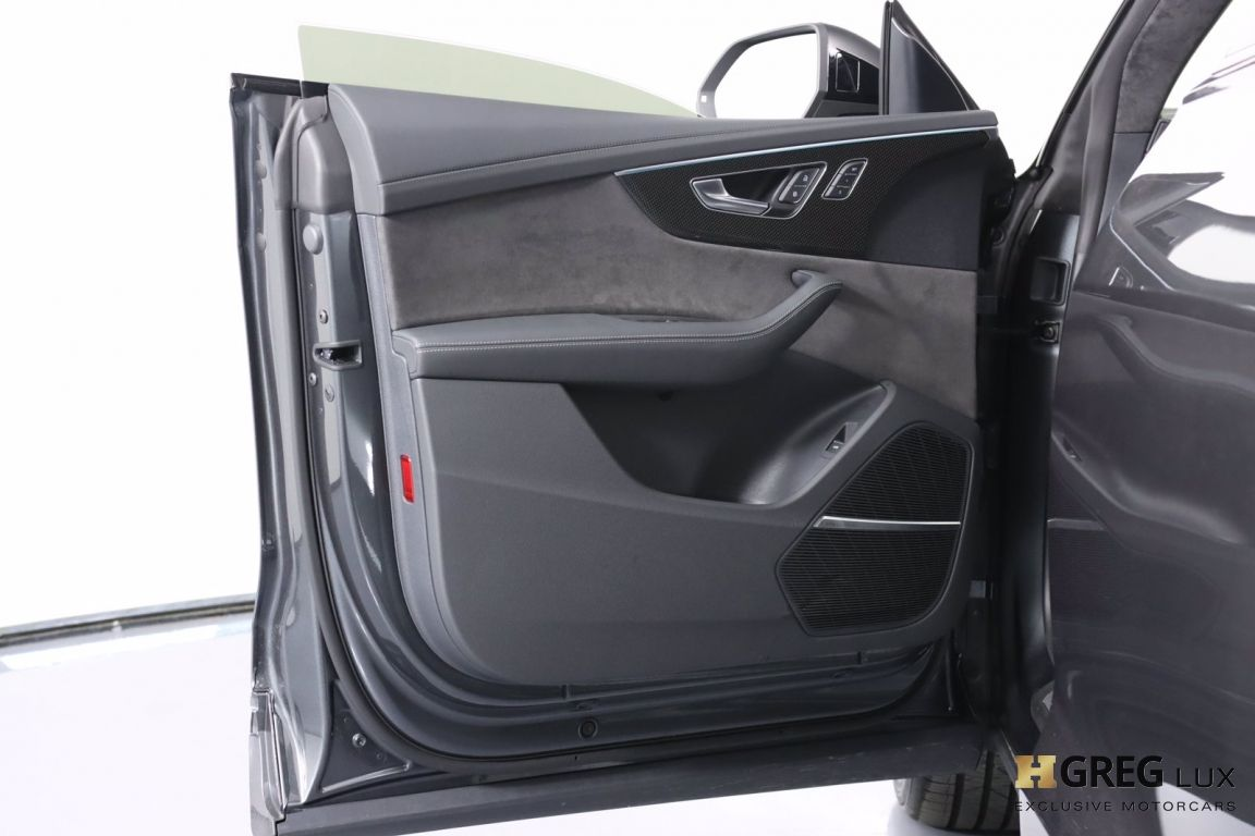 2021 Audi SQ8 Prestige #40