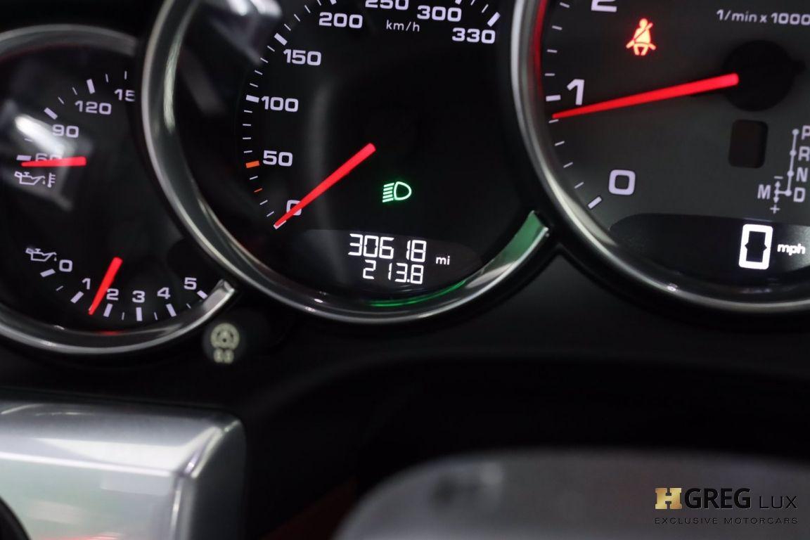 2017 Porsche 911 Carrera 4S #45