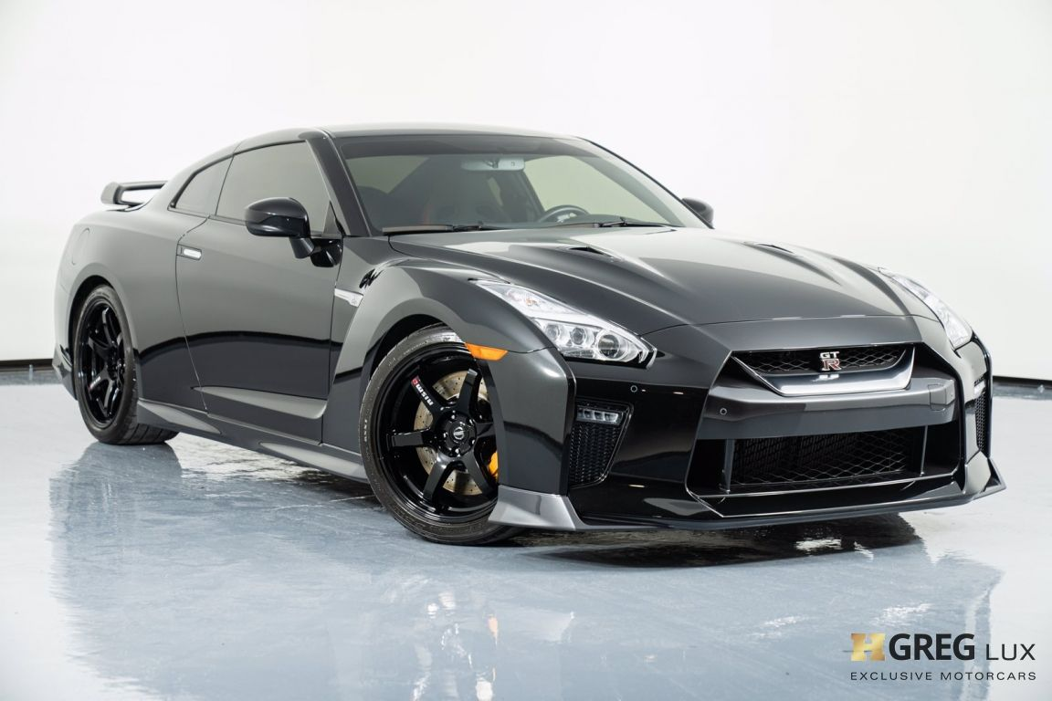 2019 Nissan GT R Track Edition #0