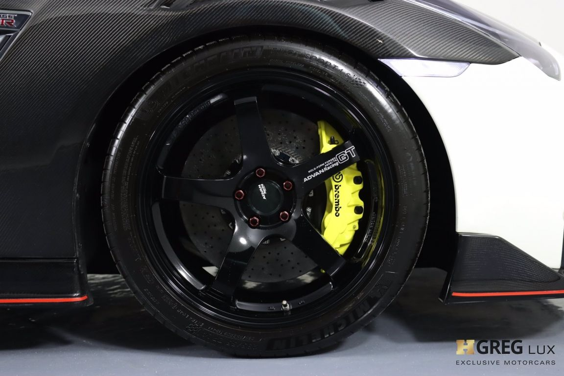 2014 Nissan GT R Black Edition #14