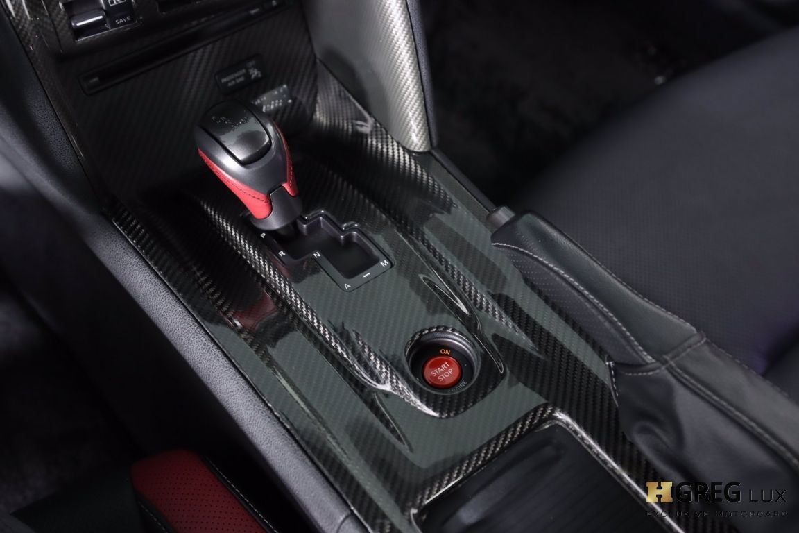 2014 Nissan GT R Black Edition #53