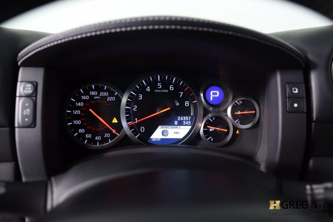 2014 Nissan GT R Black Edition #61