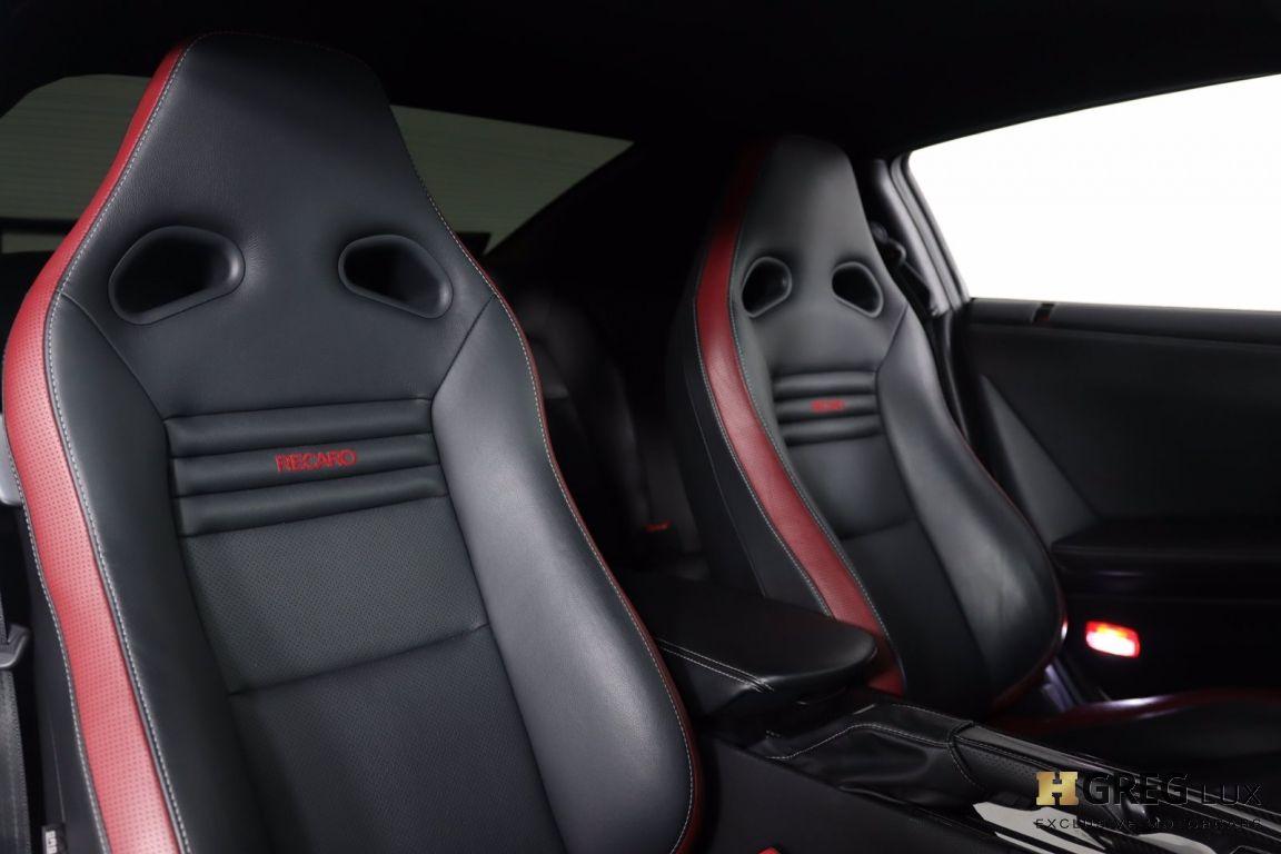 2014 Nissan GT R Black Edition #42