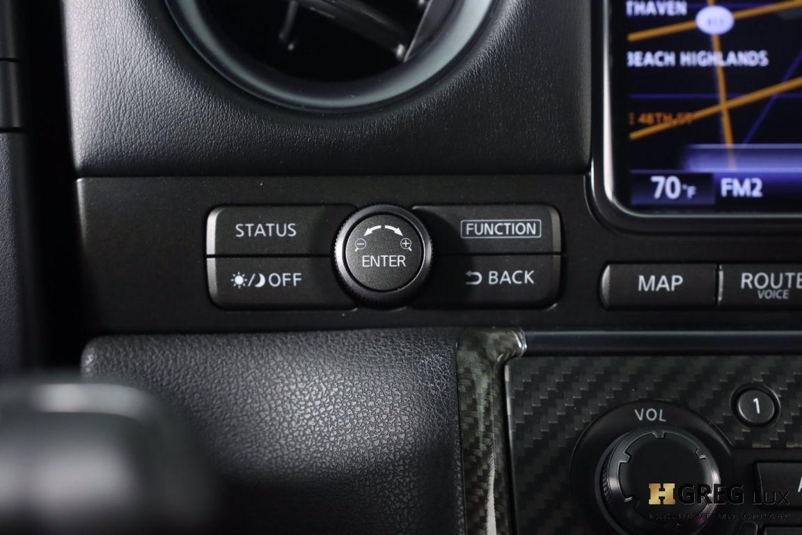 2014 Nissan GT R Black Edition #52