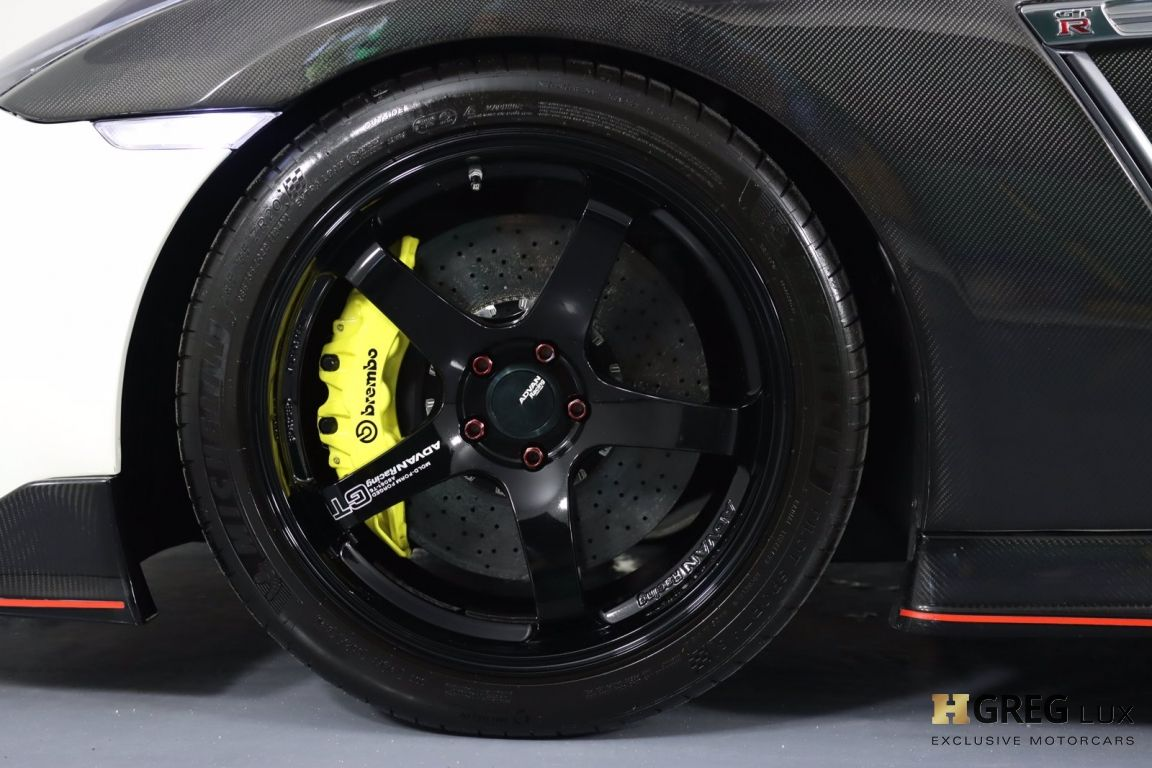 2014 Nissan GT R Black Edition #33