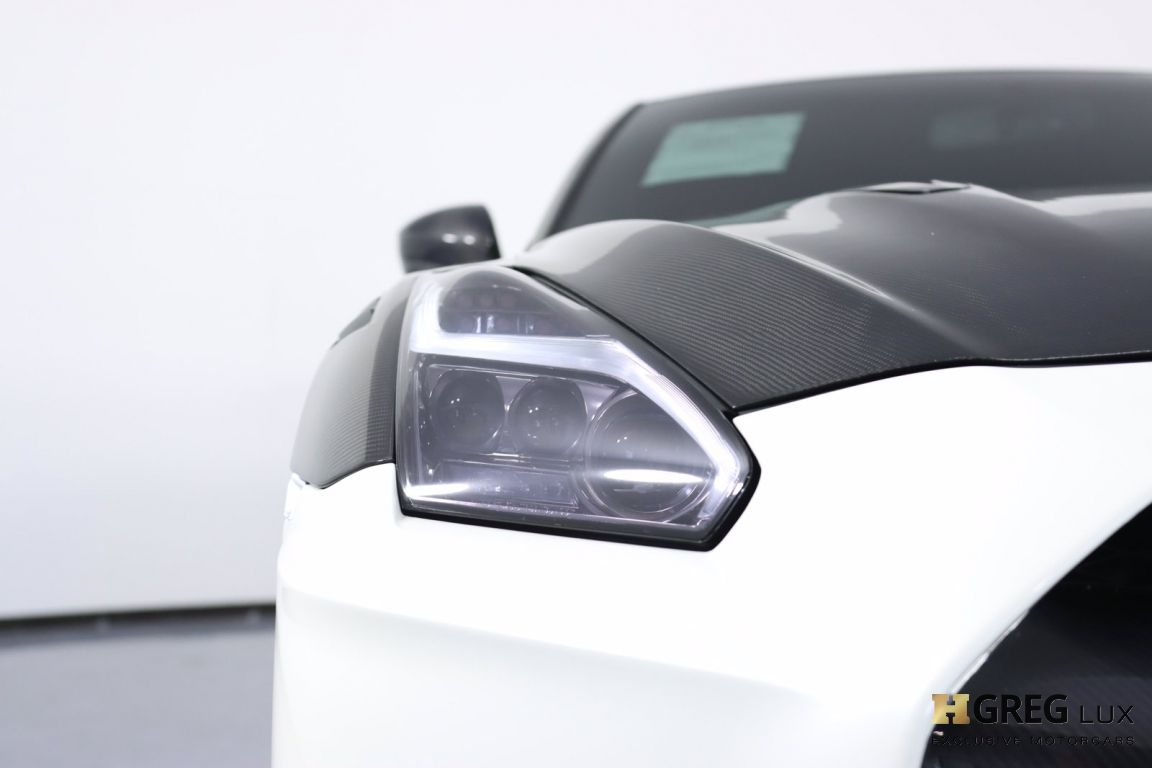 2014 Nissan GT R Black Edition #4