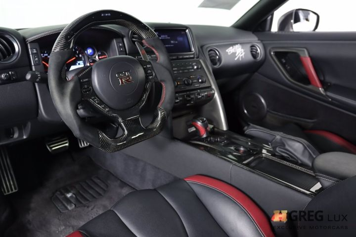 2014 Nissan GT R Black Edition #1