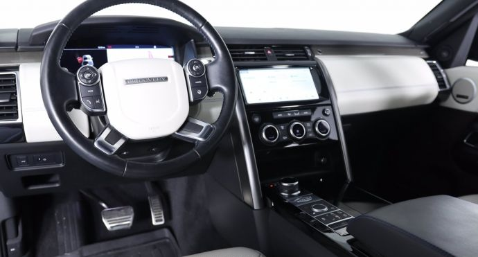 2018 Land Rover Discovery HSE #1
