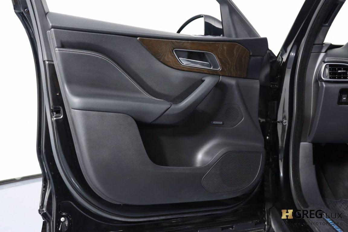 2017 Jaguar F PACE S #44