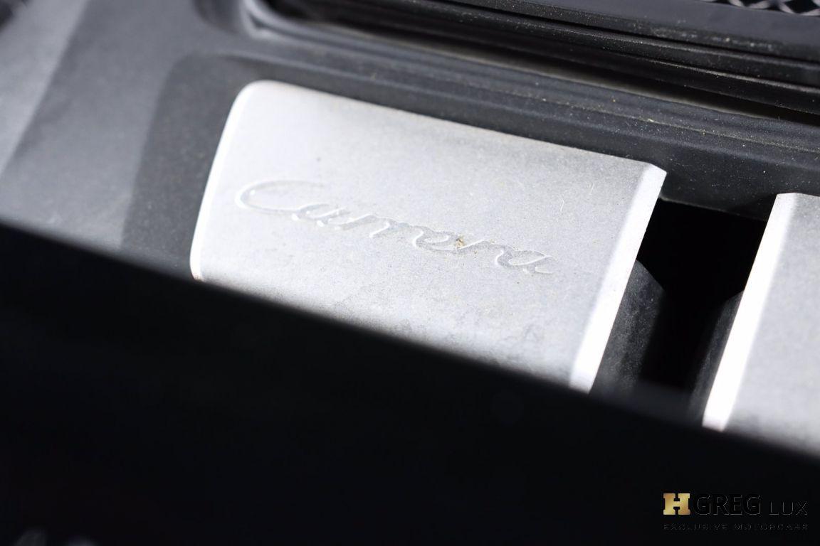 2017 Porsche 911 Carrera #65