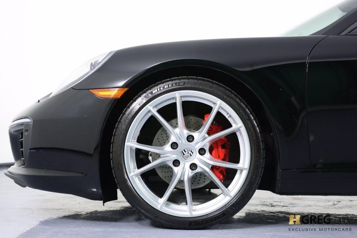 2017 Porsche 911 Carrera #25