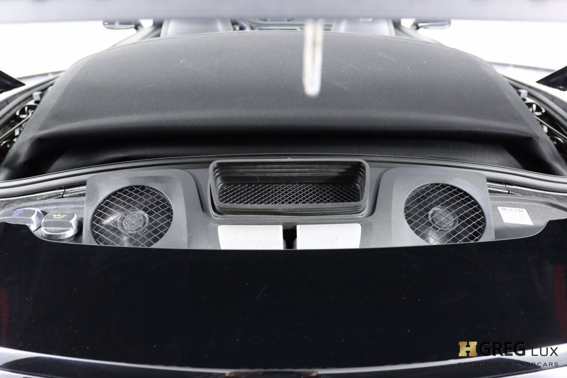 2017 Porsche 911 Carrera #63