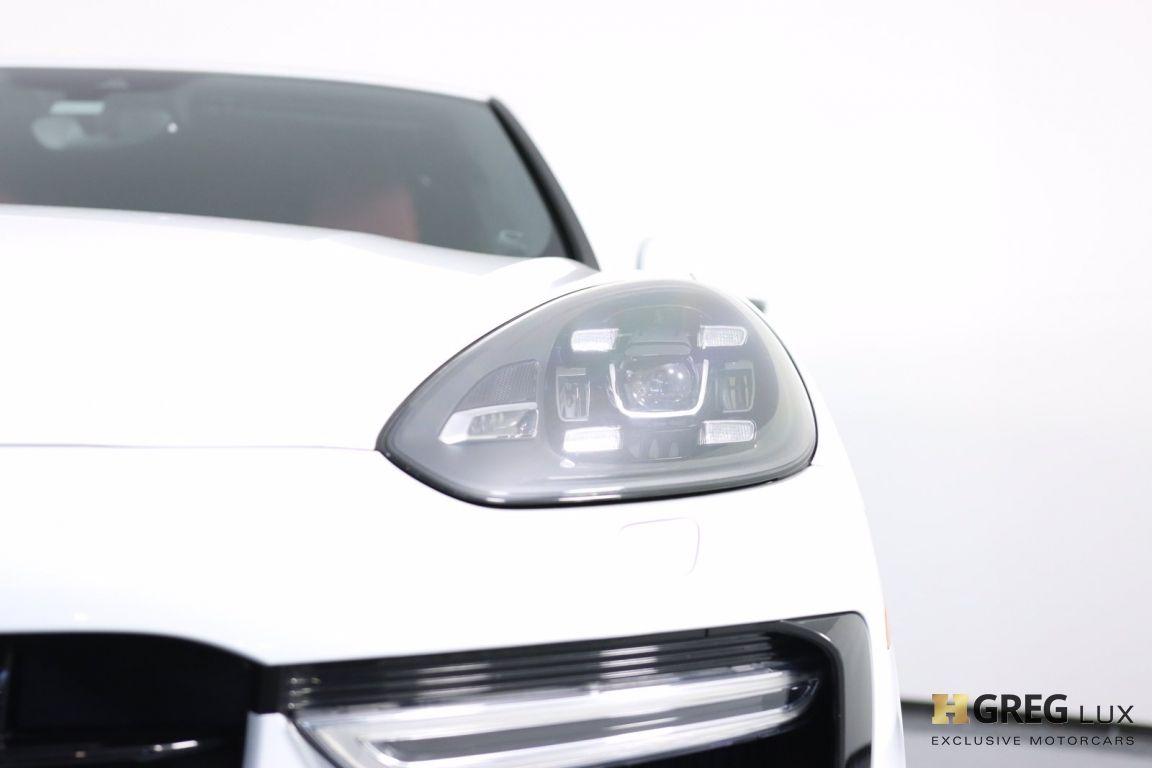 2016 Porsche Cayenne Turbo S #5