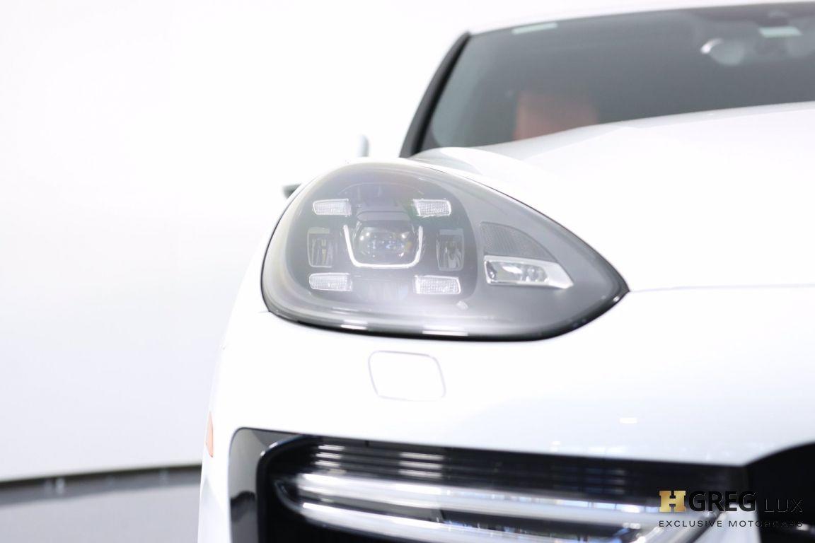 2016 Porsche Cayenne Turbo S #4