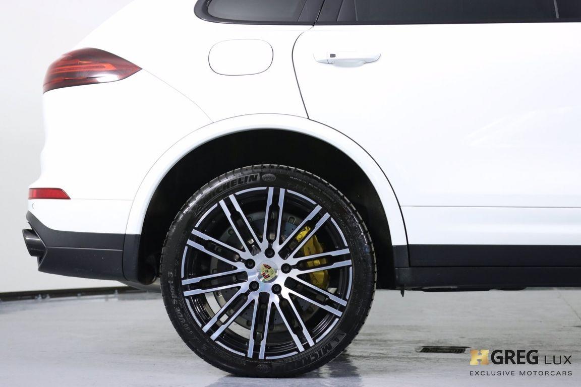 2016 Porsche Cayenne Turbo S #14