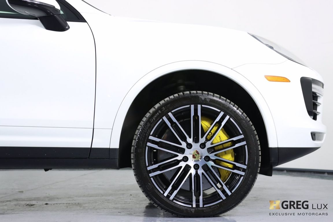2016 Porsche Cayenne Turbo S #11