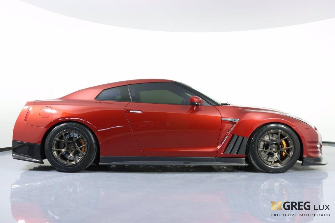2015 Nissan GT R Premium #11